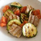 lomos de atún con verduras