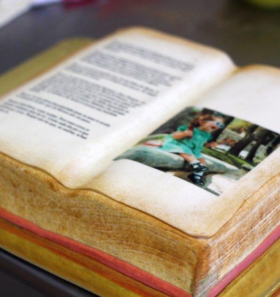 Tarta libro de fondant