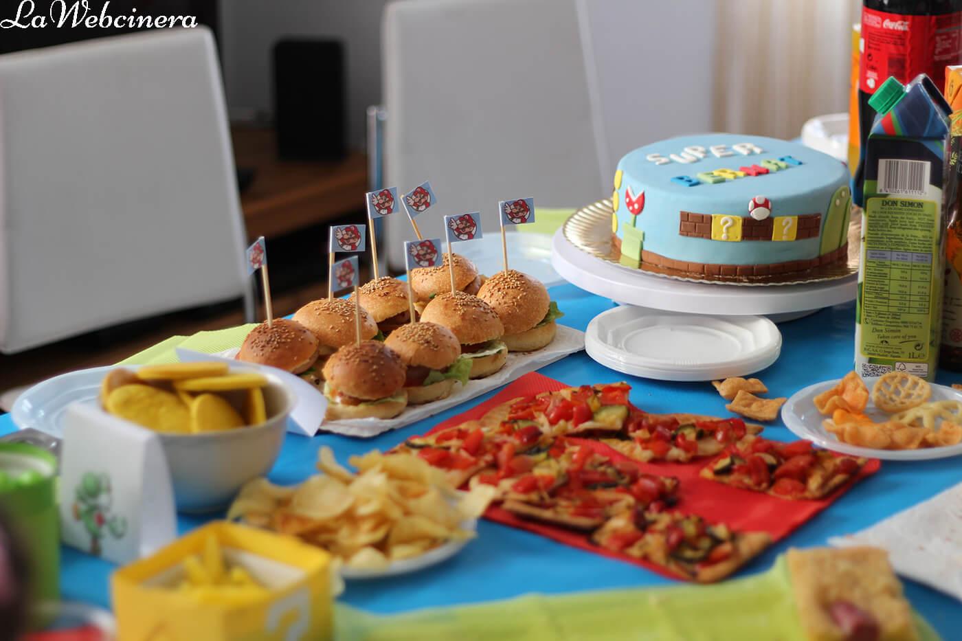 mesa dulce y salada para cumpleaños