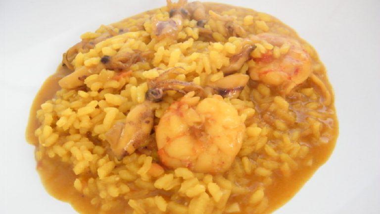 arroz meloso con chipirones