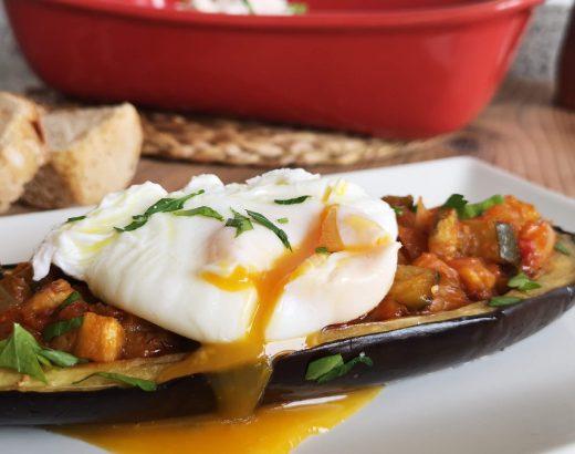 berenjenas rellenas de pisto con huevo poché