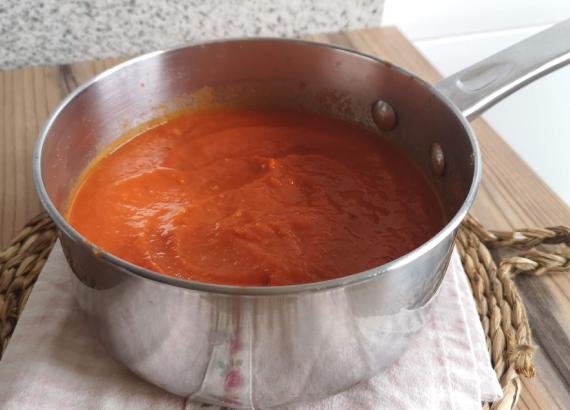 Cómo hacer salsa de tomate casera, receta fácil y saludable