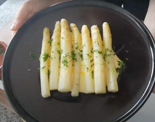 cómo cocer espárragos blancos