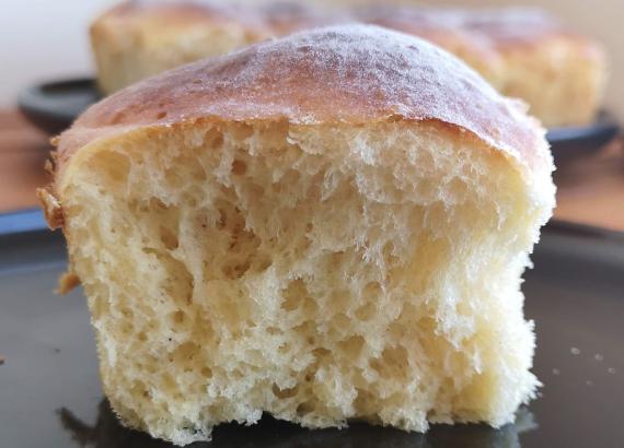 Receta de Brioche casero de yogur, fácil y muy esponjoso