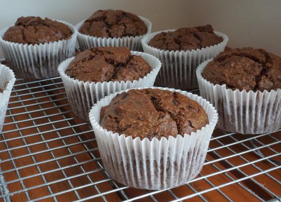 Magdalenas de chocolate y calabacín, ricas y saludables