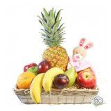 Las cestas de regalo con fruta triunfan para los peques